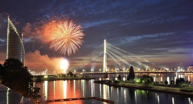 STARO RIGA: A FANTASTIC FESTIVAL OF LIGHTS